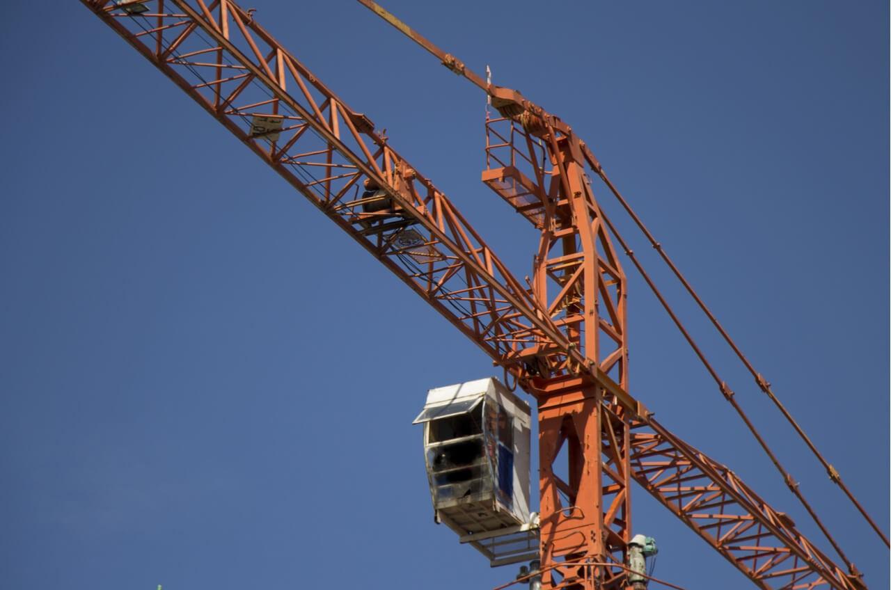 tower construction crane