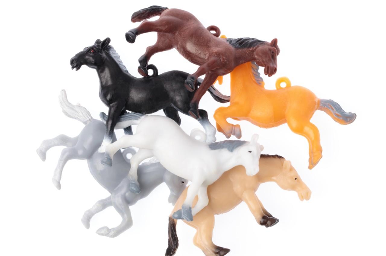 plastic toy ponies